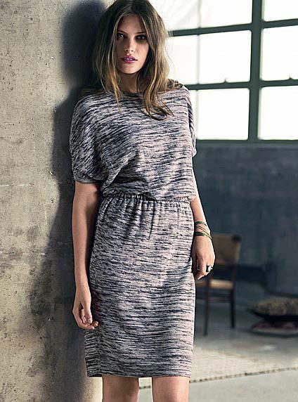 Комплекты: вязаные платья - с чем носить.  424x572 - 512x690 www.galya.ru.